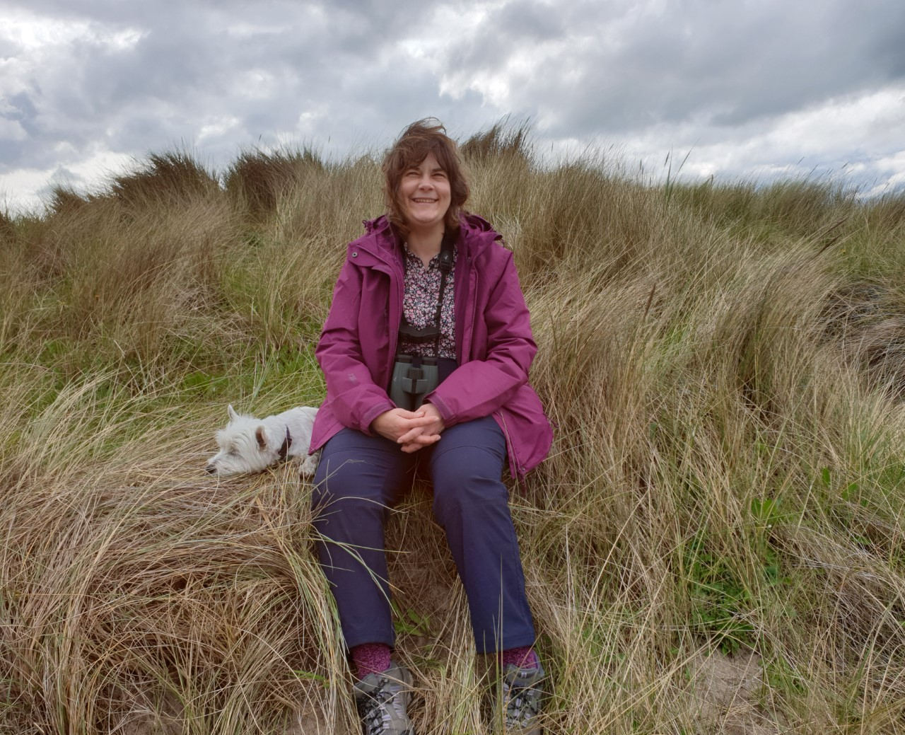 Coast Care Volunteer Mandy Fall receives joint runner up in the 2020 Marsh Christian Trust Volunteer Award for Marine Conservation.
